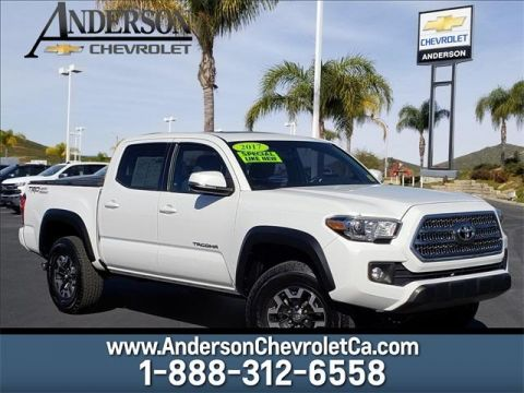 Pre-Owned 2017 Toyota Tacoma TRD Offroad